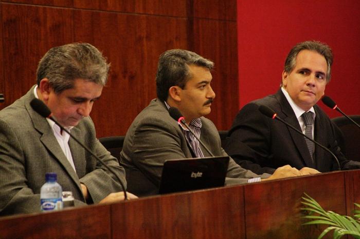 Da esquerda para a direita: Humberto Cunha, Carlos Velázquez e Ricardo Paiva. Foto: Eduardo Cunha