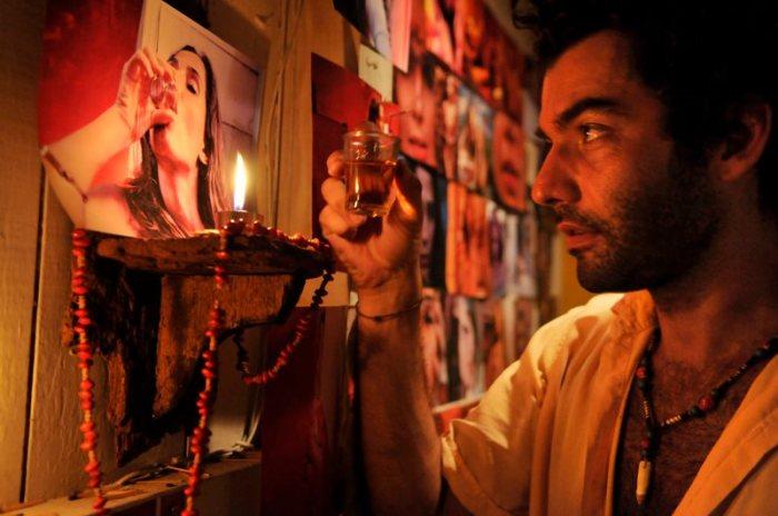 fotos-do-filme-eu-receberia-as-piores-noticias-dos-seus-lindos-labios-saladacultural.com.br-9