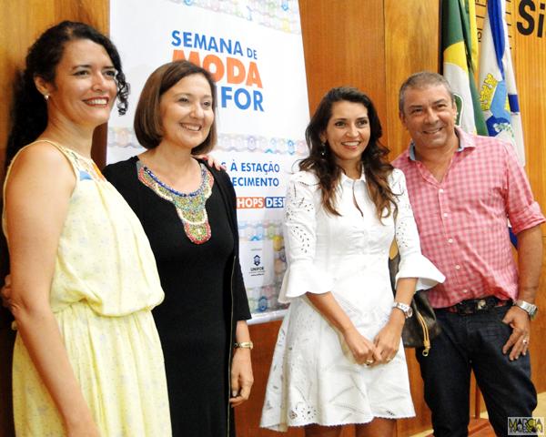 Ana Cláudia Silva Farias, Cláudia Leitão,  Márcia Travessoni e Cláudio Silveira. Foto: Lucas Magno